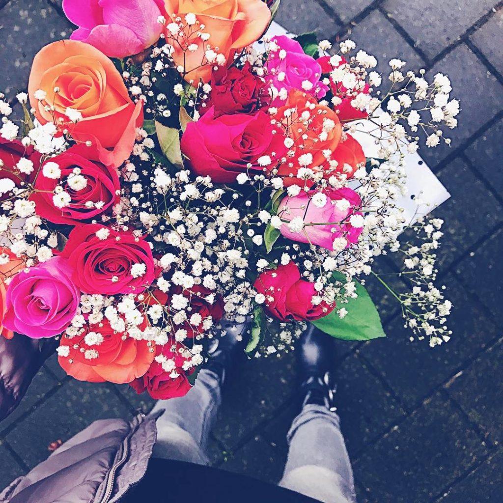 ein bisschen Farbe tut immer gut blumen happyflowers flowerstagramhellip